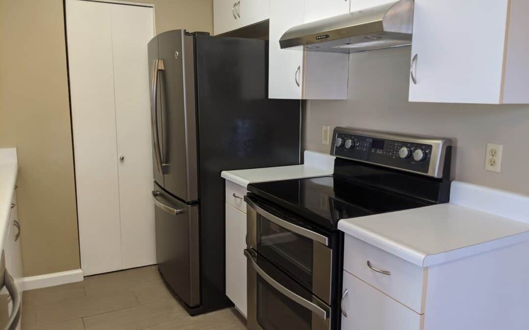 Iao Parkside 43-102 Ground Floor Unit with Yard & 2 assigned parking